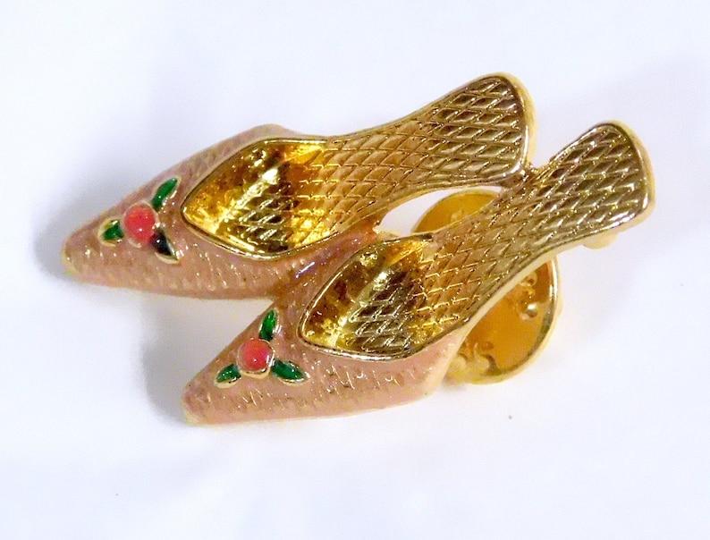 Avon Fanciful Fashion Pin Shoes Mib