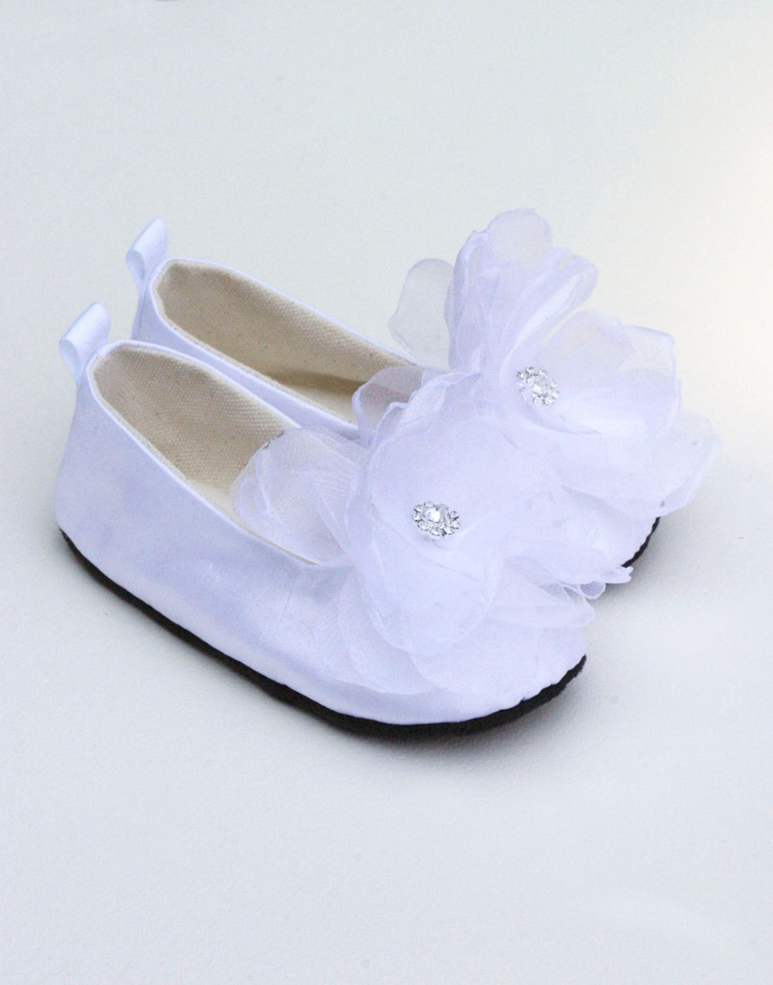 ivory silk toddler shoe, little girls wedding shoe, easter shoe, flower girl shoe, baby ballet slipper, christening shoe, baby s
