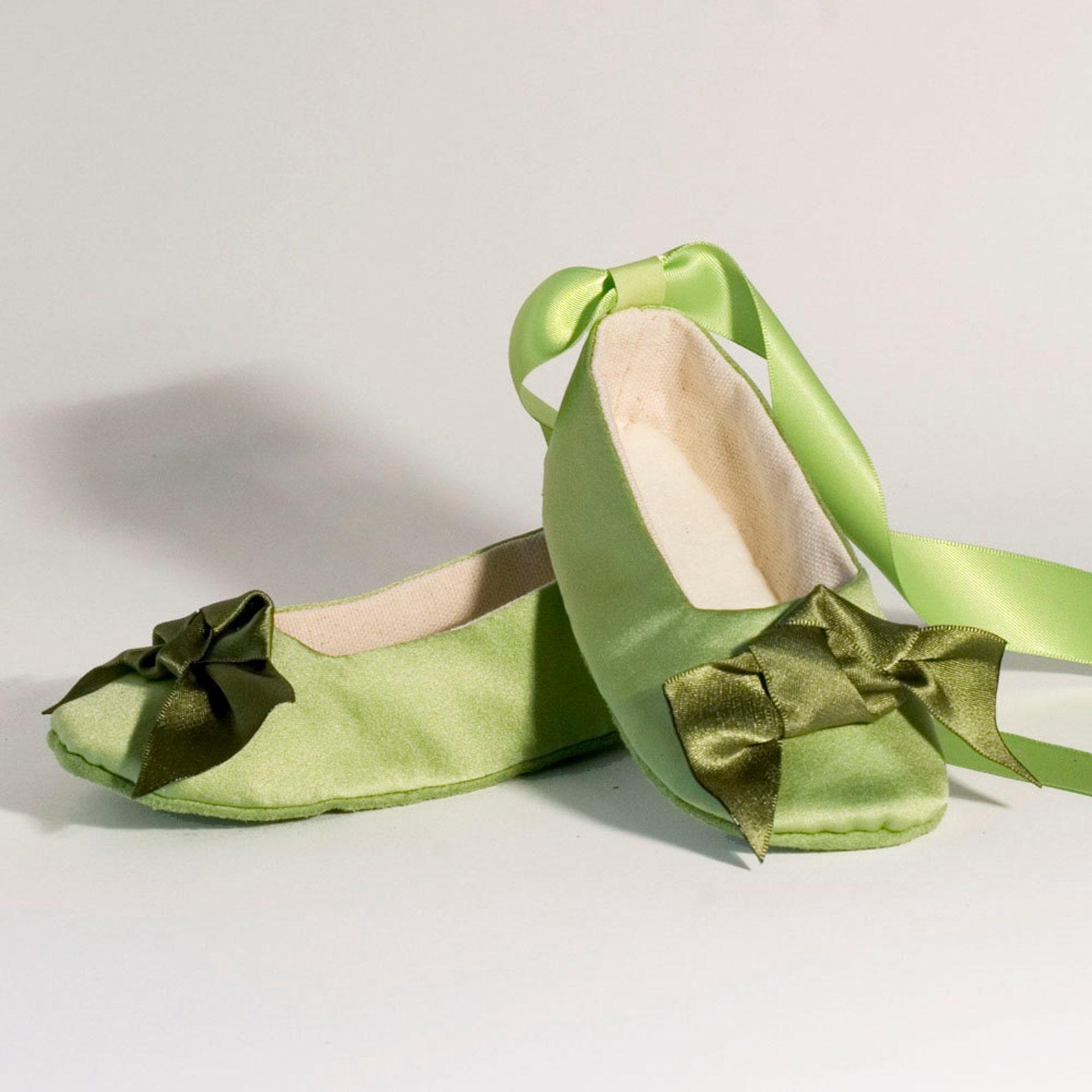 green satin flower girl ballet slipper, spring wedding, green baby, toddler shoe, baby ballet flat, baby shower, little girl sho