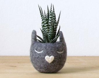 Succulent pots | Cat planter, Cactus pot, Grey cat, mother day, Gift for her, Succulent planter, Felt planter, Cat , Small vase