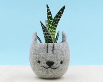 Planter for cat lover, gift for her, Felt succulent pot, Neko Atsume, Grey cat vase, Kawaii kitty gift