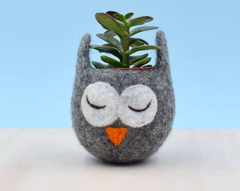 Owl lover gift for her | Succulent planter Owl planter cactus pot Owl vase mini planter unique gift mothers day gift coworker gift cute vase