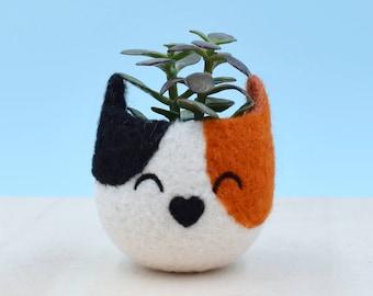 Succulent planter | Calico cat, Small succulent pot