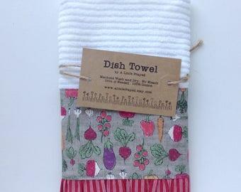 Dish Towel / Kitchen Bar Mop Towel / Farm Kitchen / Home Grown Vegetables in Grey