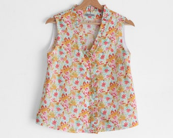 Womens floral shirt, shirt with ruffles, summer clothes women, 100% cotton sleeveless blouse, petite size, sustainable clothes made in Italy