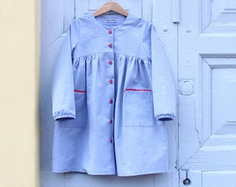 Girl's smock dress. Button up. 100% cotton. GOTS certified Made in Italy.