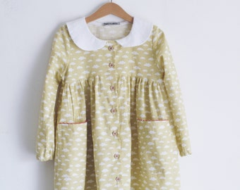 Girl's smock dress. Button up. 100% cotton. GOTS certified. Made in Italy.