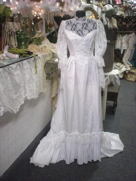 Vintage White Wedding Gown