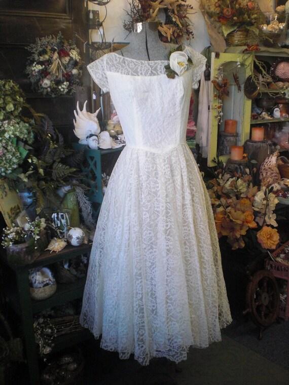 Ecru Lace Wedding Gown 1950s   Etsy