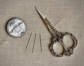 NEW! StitchyPop™ Ball-Tip Cross Stitch Needles 2 Sizes at thecottageneedle.com Stitchy Pop Dot Point hardanger