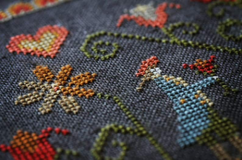 PLUM STREET SAMPLERS Colonial Garden counted cross stitch image 0