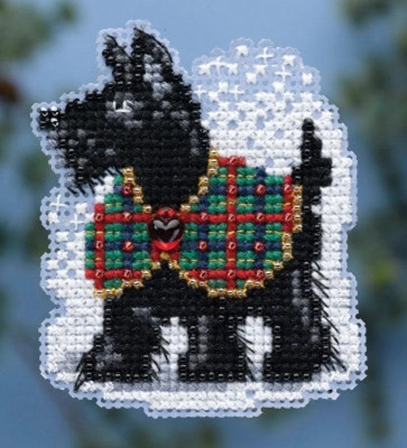 MILL HILL KIT Scottie Mini-cross stitch & bead kits INCLUDeS image 0