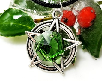 Gaia talisman Green agate floral amulet magical flower pendant green witch necklace