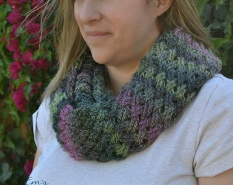 Crochet Pattern for Diagonal Weave Infinity Scarf or Cowl - Multiple sizes - Welcome to sell finished items