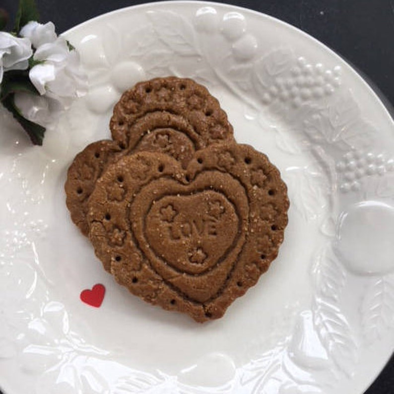 Ginger Heart Shaped Cookies Gift Boxed For Her Him Give Your Heart To Someone Special 1 Dozen Gingerbread Hearts