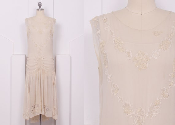 Vintage 1920's Cream Silk Georgette Flapper Weddin