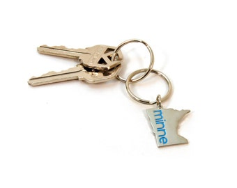 Minnesota Keychain - Minnesota State Charm - Minne Zipper Pull - Gift for a Minnesotan - Minnesota Love - MN Gift Under 10 - Ready to Ship