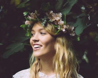 Pale Pink Flower Crown, Grape Vine Crown, Bridal crown