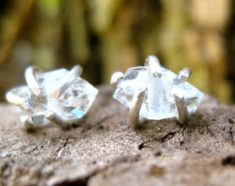 Zen Dots // Rustic Earrings // Organic Earrings // Quartz Studs // Sterling Silver Studs// Handcrafted // Everyday Wear // Delicate Jewelry