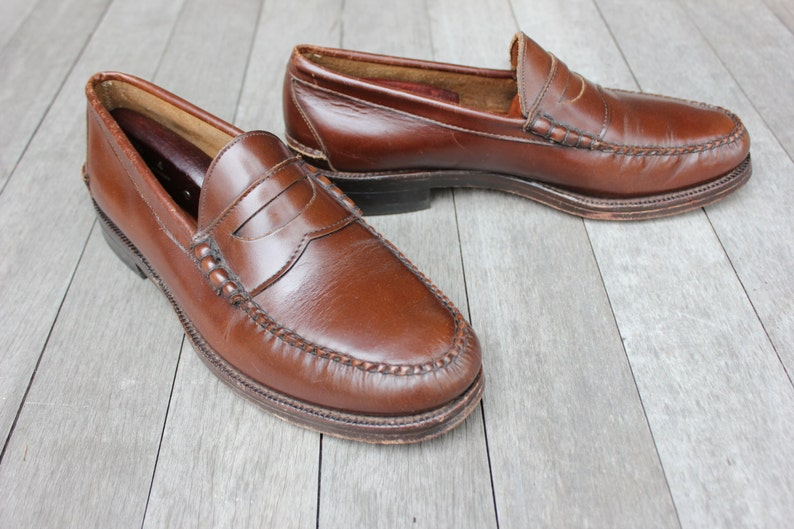 3d7516011b3a0 vintage 70's - 80's -Johnston & Murphy- Beef-roll Penny Loafers. Unusual  Mahogany Brown - All leather - US made. Men's Size 8 1/2 -9 D