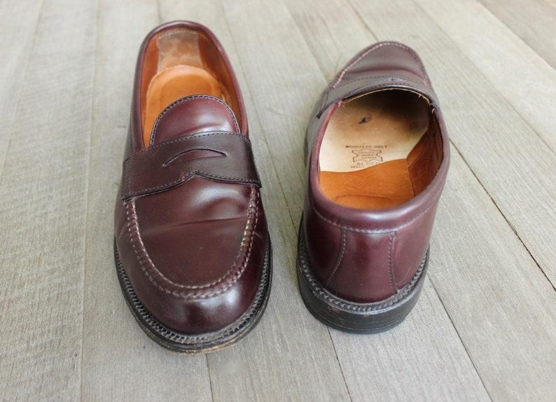 4700cacca3088 newer vintage -Alden- Men's Mocc toe penny loafers. Model 986 - Burgandy  Shell cordovan. US Size 9 E Wide