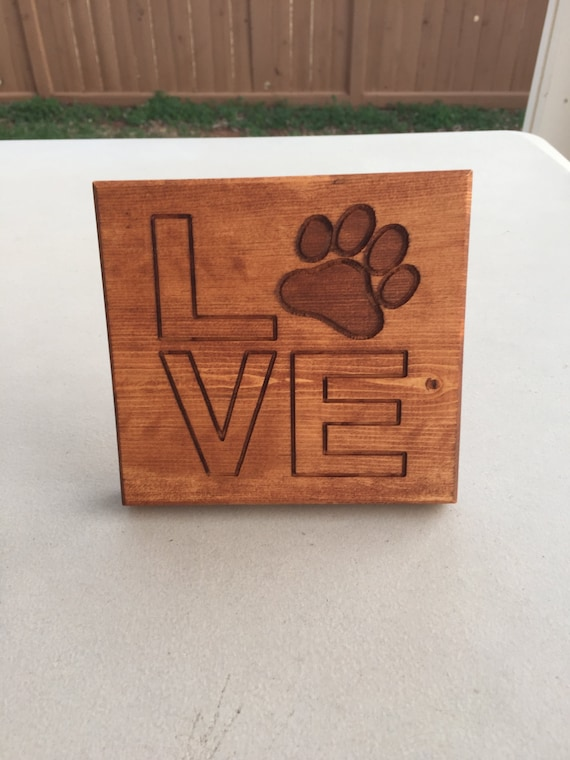Dog/Cat Paw Love sign