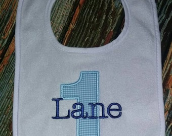 Personalized bib with number applique