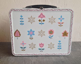 Ohio Art Frost Flowers & Bows Lunch Box