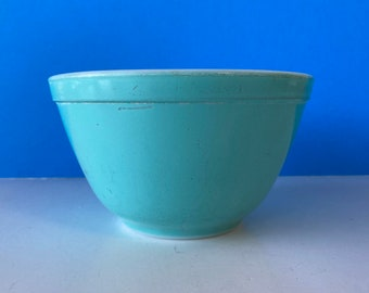 Turquoise Pyrex 401 Bowl
