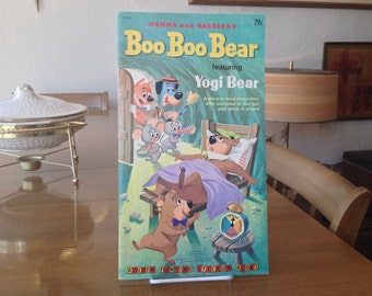 Hanna and Barbera's Boo Boo Bear Featuring Yogi Bear Golden Funtime Stickum Book Unused