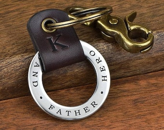 Personalized Leather Keychain For Dad, Engraved Fathers Day Gift for Men - Engrave your own words!