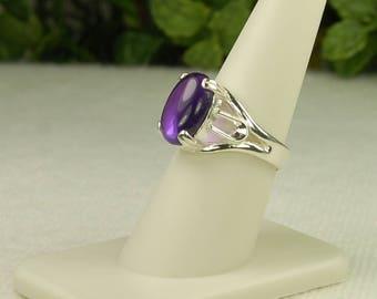 Amethyst Ring, Size 7.5, Clear Liquid Purple, Sterling Silver, Lab Created, Amethyst Cabochon, Flawless Amethyst, Purple Amethyst Ring