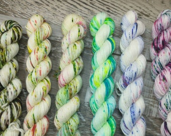 RTS - Speckled Fae Collection Individual  20g 92yd Mini Skein Fingering Sock Yarn White Pink Speckle Green Blue Speckle Yellow Orange