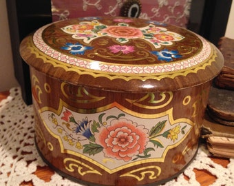 DAHER Made In England Biscuit Tin
