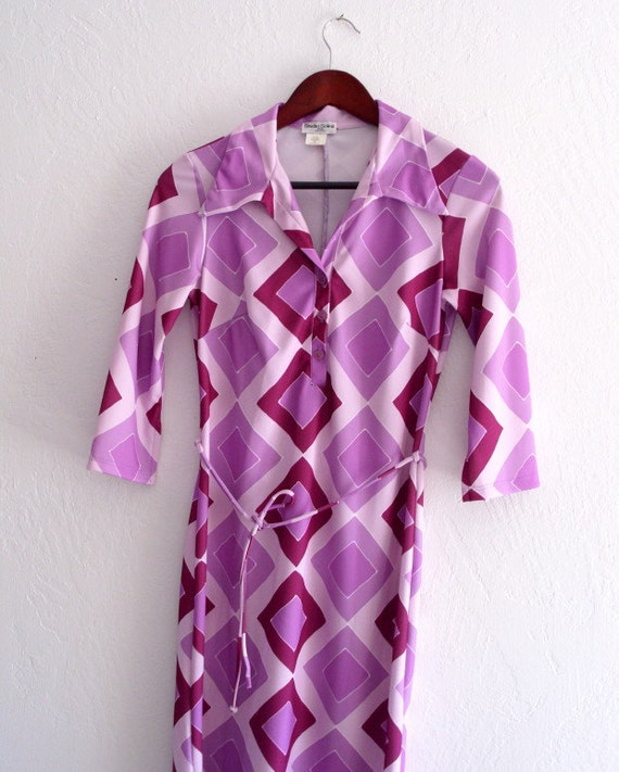 Vintage 1970's Radiant Orchid Geometric Jersey Dre