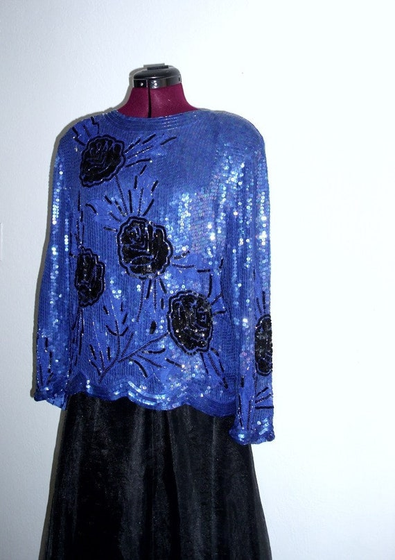 Sale Vintage Sequined embellishment Long Sleeve Ev