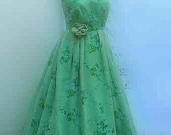 Vintage 1950s  Emerald Green Evening Dress