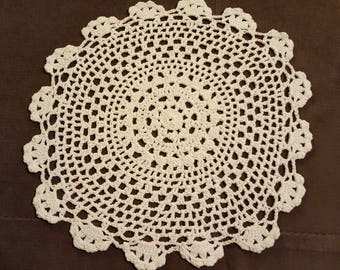 "Vintage Lace Doily, Round Off White Doily, 9.5"" Crocheted Doily, Shabby Table Doily"