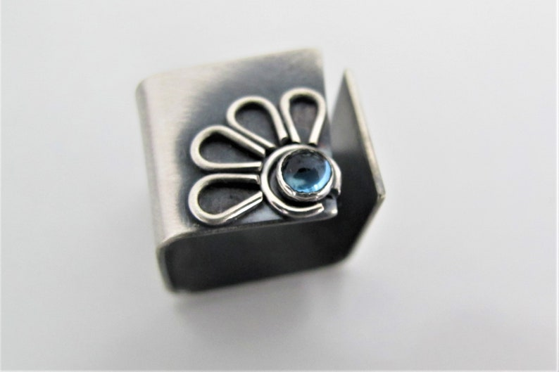 gift for her Wide Band Silver ring croatian jewelry Blue Topaz ring Flower wide band ring DAISY floral ring
