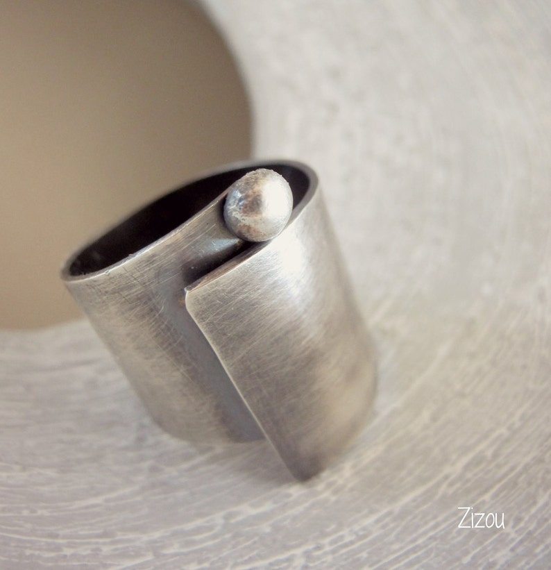 ccde81ae308 Brede band ring swirl brede Band sterling zilveren ring   Etsy