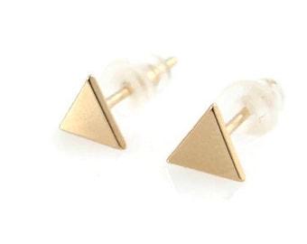 14K gold stud earrings. gold triangle earrings. gold earrings. pyramid studs. 5.3mm gold earrings. gift for her. 14k earrings