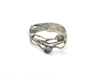Silver ring. Silver white crystal ring. Sterling silver organic ring. Crystal silver ring. Branch silver ring. (sr-9906-1296-1547)