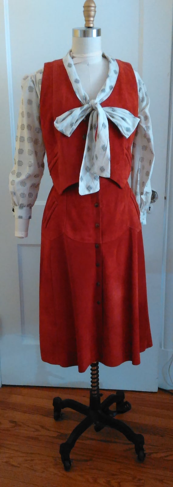 1970s Suede vest and skirt - image 7