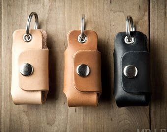 Leather key holder  f5dc1079a2