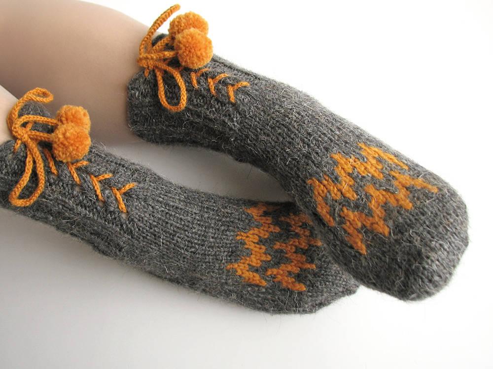 04cbb1c7548 High long cute funny pom poms socks hand knitted Women