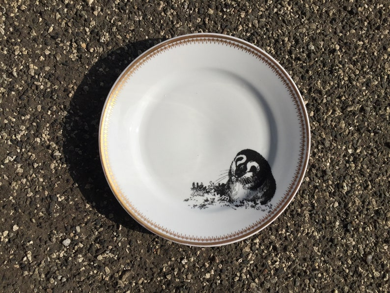 lemming Plate Porcelain 21cm Vintageporcelain with handmade Silkscreen Print white with Goldrim