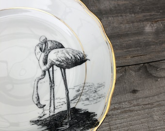 """porcelain plate  """"flamingos"""", approx. 21cm, white hight quality vintage Porcelain with Goldrim, handmade Print, for dining or as a wallplate"""