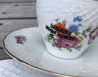 """crockery set """"Punks not dead"""", 3 pcs. (cup, saucer, plate), floral vintage gold crockery with handmade motifs; way of life style"""