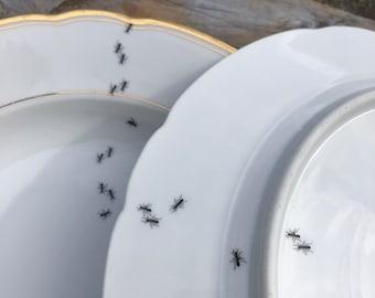 """porcelain plate """"ants"""", 24cm, vintage porcelain white with goldrim, silkscreen print; for breakfast, lunch, cake, picknick, outdoor, gazebo"""
