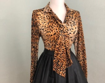 8d145ca95f55 Vintage 60s Leopard Print Blouse With Pussy Bow   Animal Print Button Down  Tie Neck Shirt   1960s Mad Men Rockabilly Secretary Top Costume